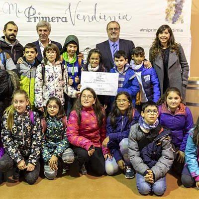 Los alumnos de 6º del colegio San Gil disfrutaron su premio del concurso `Mi primera vendimia´