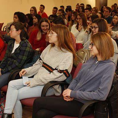 Honorse detecta que los alumnos de bachillerato y FP desconocen la actividad empresarial de la comarca