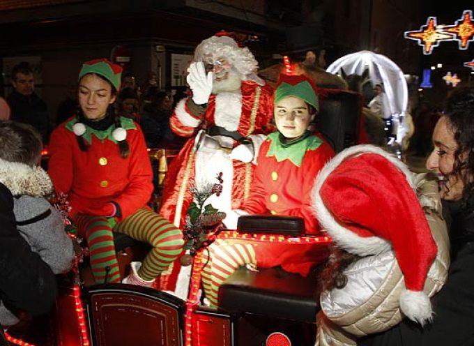 Papá Noel llegará a Cuéllar el 22 de diciembre estrenando recorrido en su pasacalles