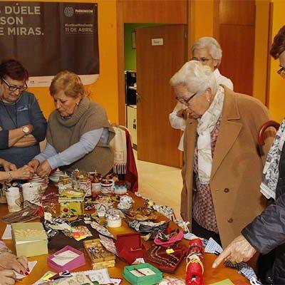 El Centro de Día recauda fondos para Párkinson Segovia con su Rastrillo Solidario