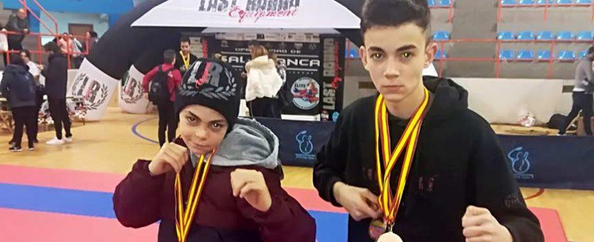 Hugo y Alain González sumaron cinco medallas en el IV Open Nacional Ciudad de Salamanca de Kickboxing