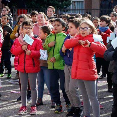 Canciones y coreografías en el CEIP Santa Clara para celebrar el `Día de la Paz´