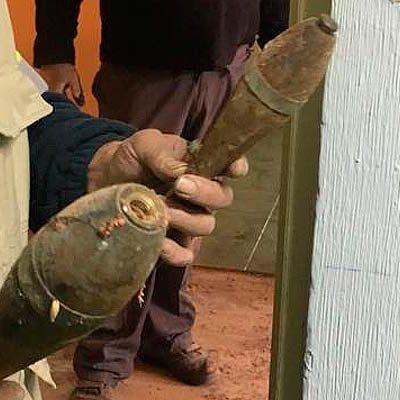 Hallan dos proyectiles de mortero en el desván de la Casa del Secretario durante las obras
