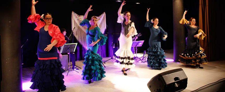 El Festival Solidario de la Cofradía de Santa Águeda recaudó 4.160 euros para la AECC