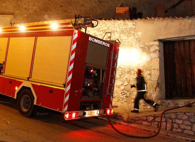 Los bomberos de Villa y Tierra sofocan dos incendios en Moraleja y Cuéllar