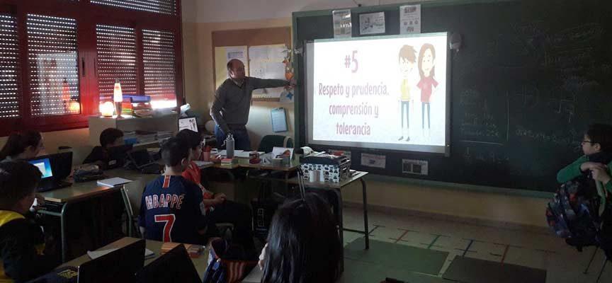 El CEIP Santa Clara promueve el uso seguro de las tecnologías digitales entre sus alumnos