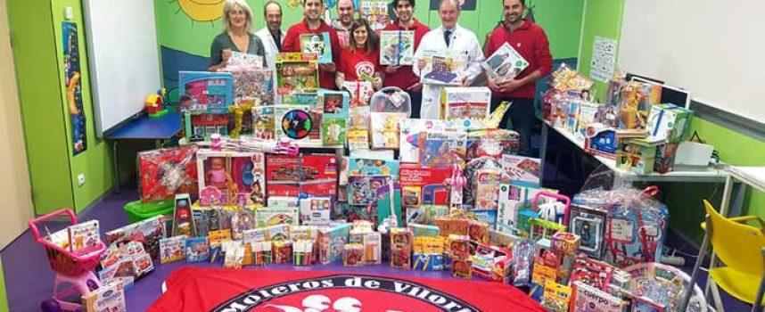 Los Moteros de Viloria entregan los juguetes de su Cabalgata Motera al Hospital Río Hortega