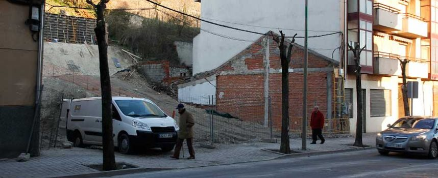 La instalación de un salón de juegos en Cuéllar genera rechazo en los vecinos y en la oposición municipal