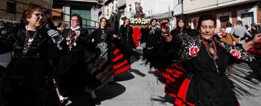 Las mujeres cuellaranas honraron a Santa Águeda