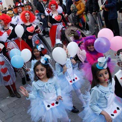 Desfiles, concursos y fiestas para niños y jóvenes en el carnaval cuellarano