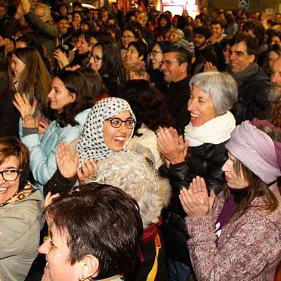 Centenares de hombres y mujeres se sumaron a las reivindicaciones del 8M en Cuéllar