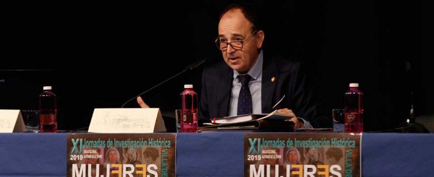 """Javier Hernanz considera """"un éxito"""" la celebración de las Jornadas de Investigación Histórica"""