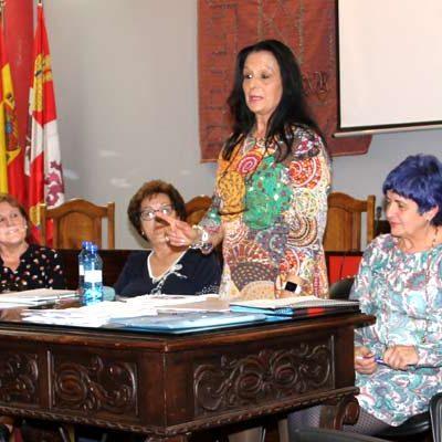 Adelina del Rio preside la renovada Asociación Cultural Virgen de El Henar
