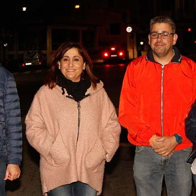 Arranca la campaña electoral en Cuéllar con la pegada de carteles