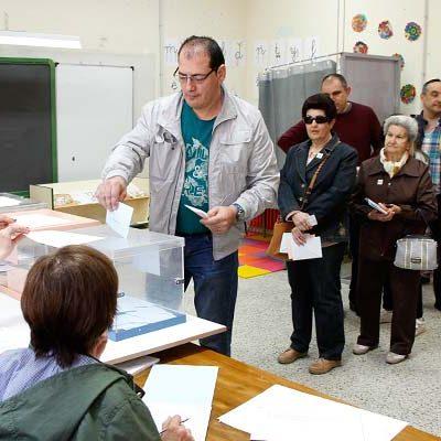 Un 54,81% de los electores cuellaranos habian pasado por las urnas a las 18.00 horas