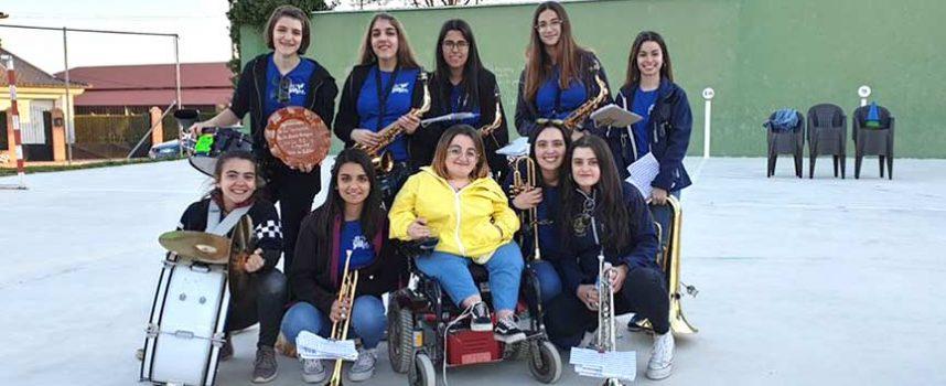 El Festival Solidario de Mata de Cuéllar recaudó 920 euros para la Asociación Nacional Huesos de Cristal