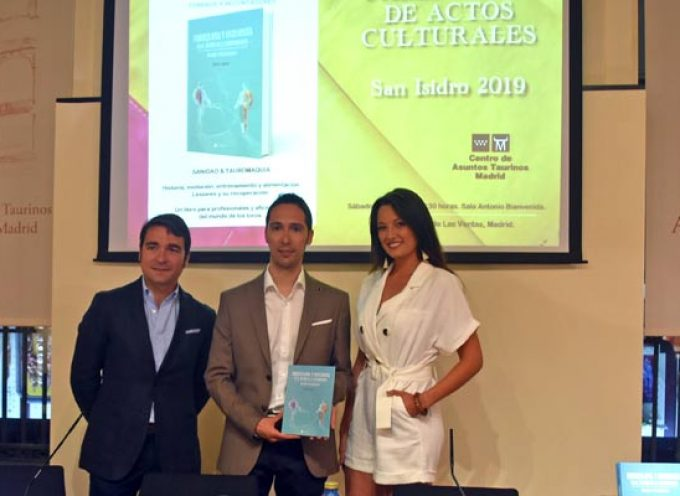 Rubén de Miguel presentó en Las Ventas su libro sobre fisioterapia y tauromaquia