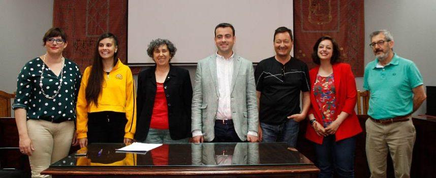 PSOE e IU sellan un pacto de transparencia y participación para gobernar el Ayuntamiento de Cuéllar