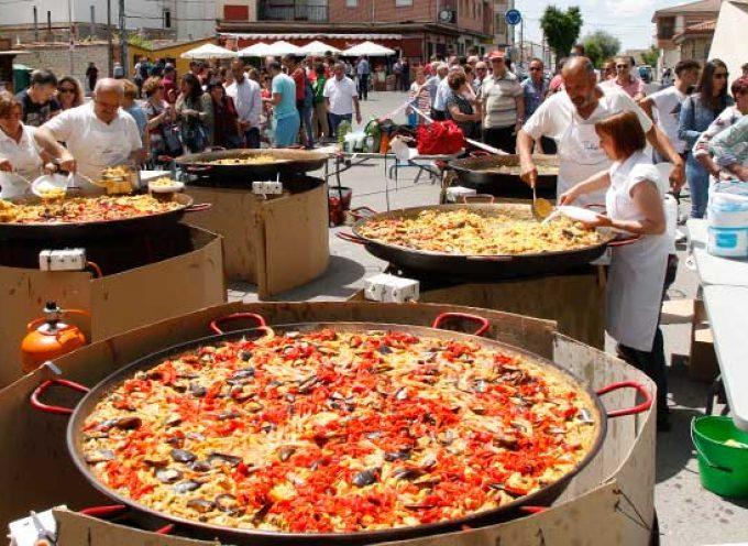 Una paellada popular puso el colofón a las fiestas del barrio de San Gil