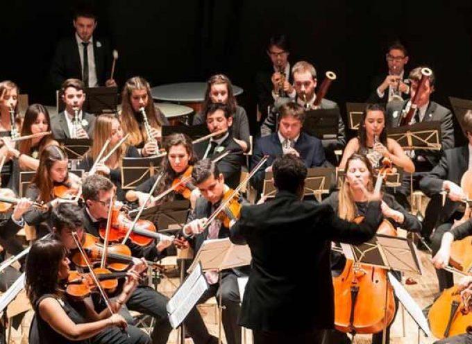 La Atlantida Symphony Orchestra se subirá al escenario del Castillo bajo la dirección de Manuel Tévar