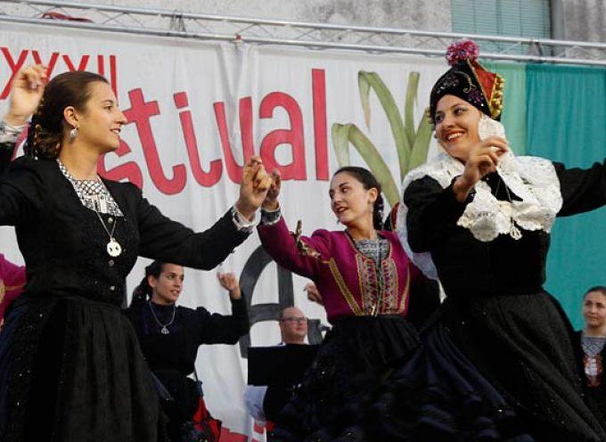 Música tradicional para una noche de verano en el Festival del Ajo de Vallelado