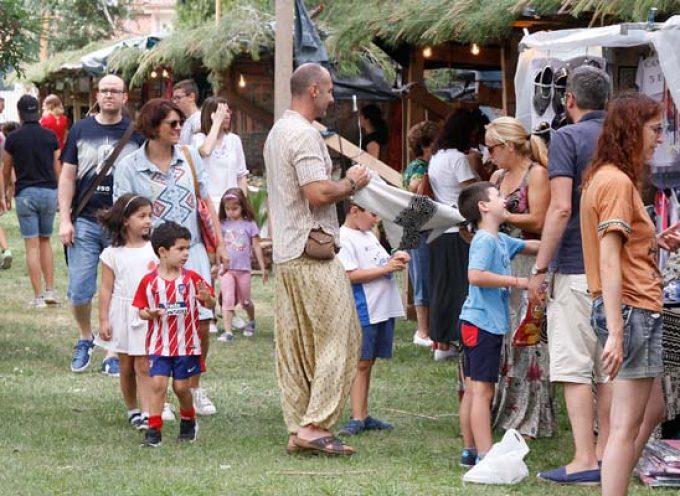 Productos, sonidos y aromas de otros países se dan cita en la I Feria Cultural Temática de Sanchonuño
