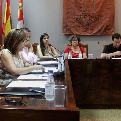 Polémica entre PP y PSOE en torno al número de miembros en las comisiones informativas del Ayuntamiento de Cuéllar