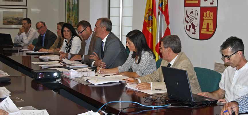 La Comisión de Medio Ambiente y Urbanismo de Segovia autoriza nuevas actividades en Carbonero y Navas de Oro