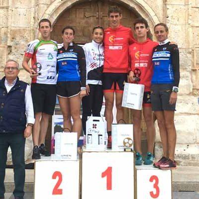 Marina Muñoz conquistó el X Triatlón de Valbuena de Duero