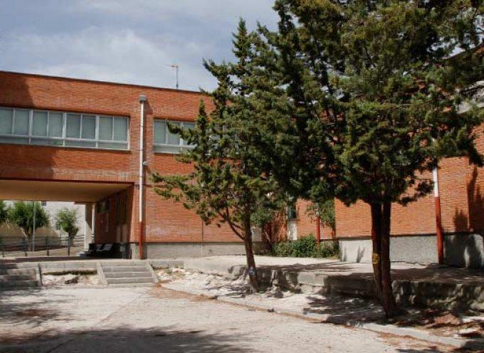 La Junta pone en cuarentena un segundo aula del colegio San Gil de Cuéllar