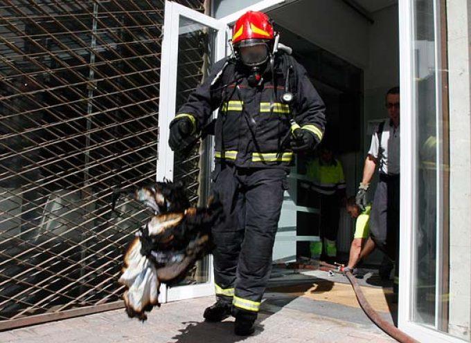 Un pequeño incendio accidental obliga a desalojar el Centro de Salud
