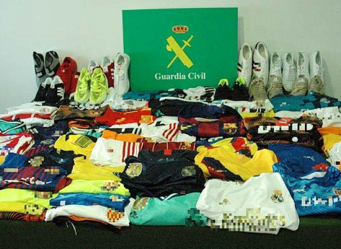 La Guardia Civil interceptó a dos personas con prendas falsificadas para su venta en El Henar