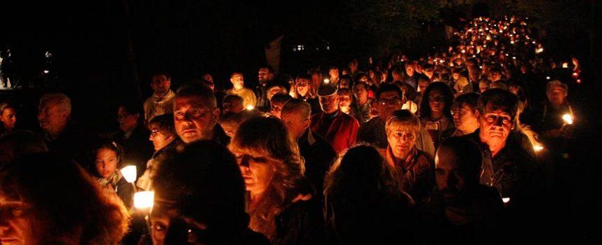 Vuelven las procesiones con la de antorchas que rodeará el sábado la pradera de El Henar