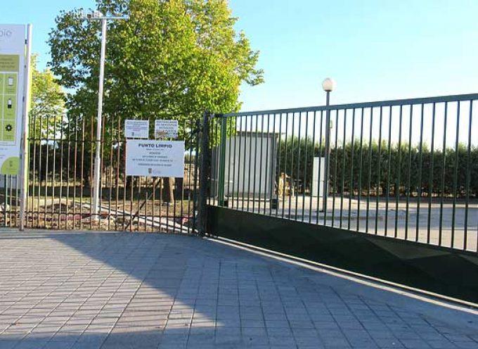 El Ayuntamiento avanza en la reorganización y limpieza del punto limpio