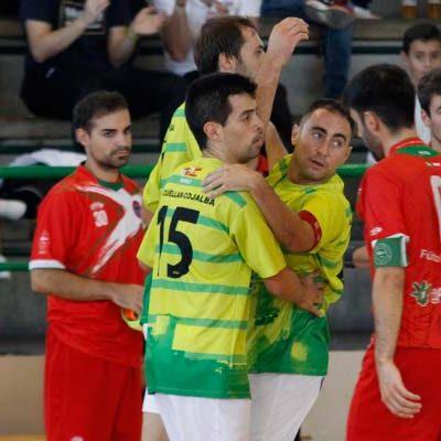 El FS Cuéllar logra sus tres primeros puntos goleando al Castro Urdiales
