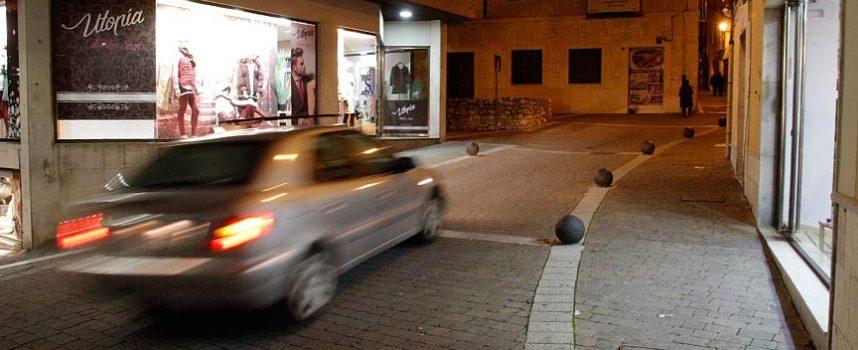 Una mujer de 38 años resulta herida en un atropello en la calle Carchena