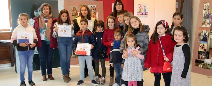 Cuarenta y cuatro alumnos de primaria de la comarca reflejan la Igualdad en sus dibujos