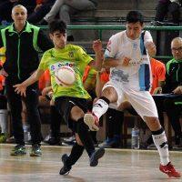 El FS Cuéllar juvenil se estrena con derrota en el derbi contra Valverde
