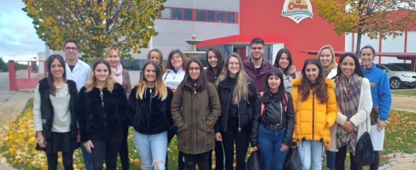 Honorse Tierra de Pinares facilita el contacto entre los jóvenes y las empresas de la comarca