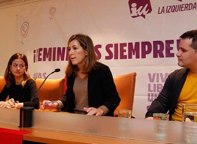IU debate en la villa sobre género y despoblación