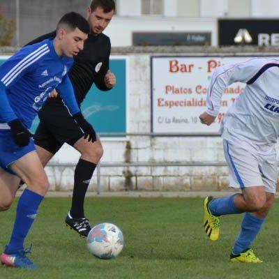 El CD Cuéllar alcanza el liderato tras golear al Mozoncillo (5-0)