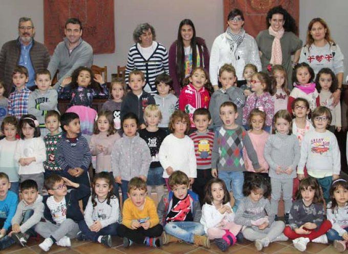 El Ayuntamiento abre sus puertas a los alumnos de 2º de Infantil del CEIP Santa Clara