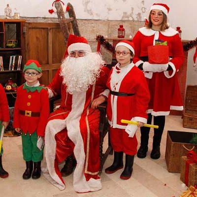 Papá Noel llenó de ilusión las calles de Cuéllar