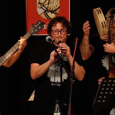 Rock, folk, pasacalles y jotas en el nuevo disco de Pepe Colás y los Punkifolkis