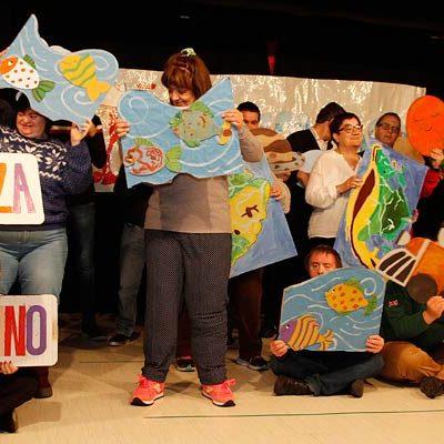 Fundación Personas recibió la Navidad con coreografías y canto coral