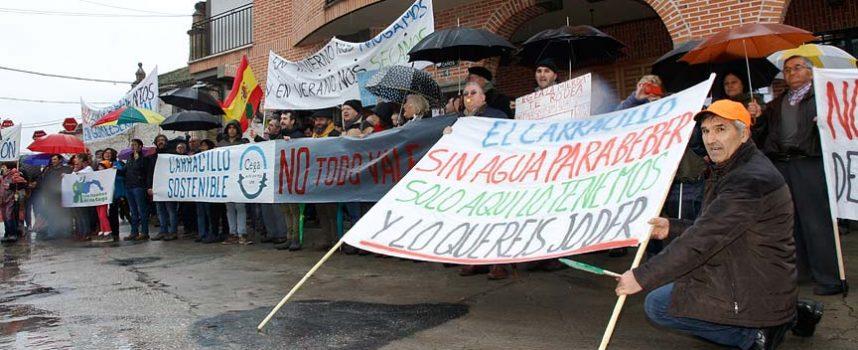 Gomezserracín se manifiesta en defensa del rio Cega, el agua y sus pinares