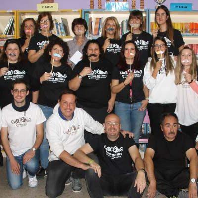 Los Moteachers y Mokids del colegio San Gil se suman un año más al movimiento Movember