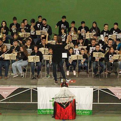 La cofradía de Santa Águeda recaudó 3.760 euros para la AECC en su Festival Solidario