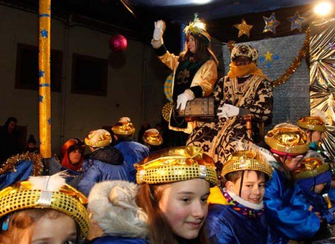 Los Reyes Magos recibirán a los niños de Cuéllar en los colegios