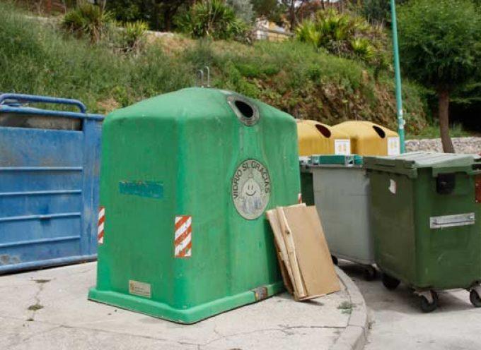 """La concejalía de Medio Ambiente insta a los vecinos a colaborar """"Por un municipio más limpio"""""""